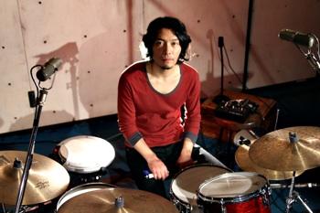 daisuke with korg.jpg